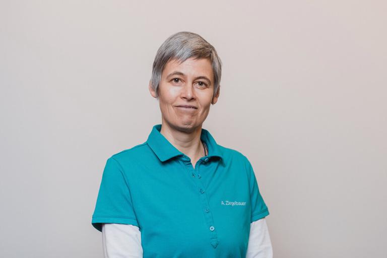 Internisten Groß-Gerau - Anschütz / Chenchanna - Team - Andrea Ziegelbauer